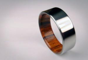 <b>Rosewood Titanium Ring</b>