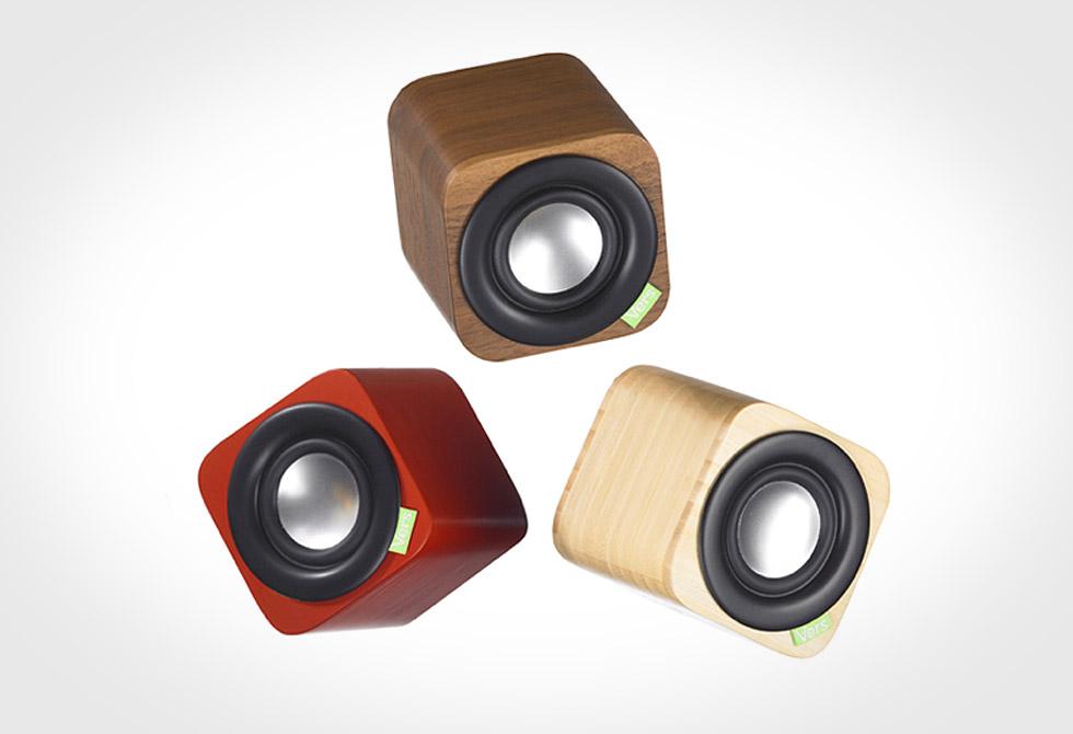 Vers 1Q Bluetooth Mobile Speakers