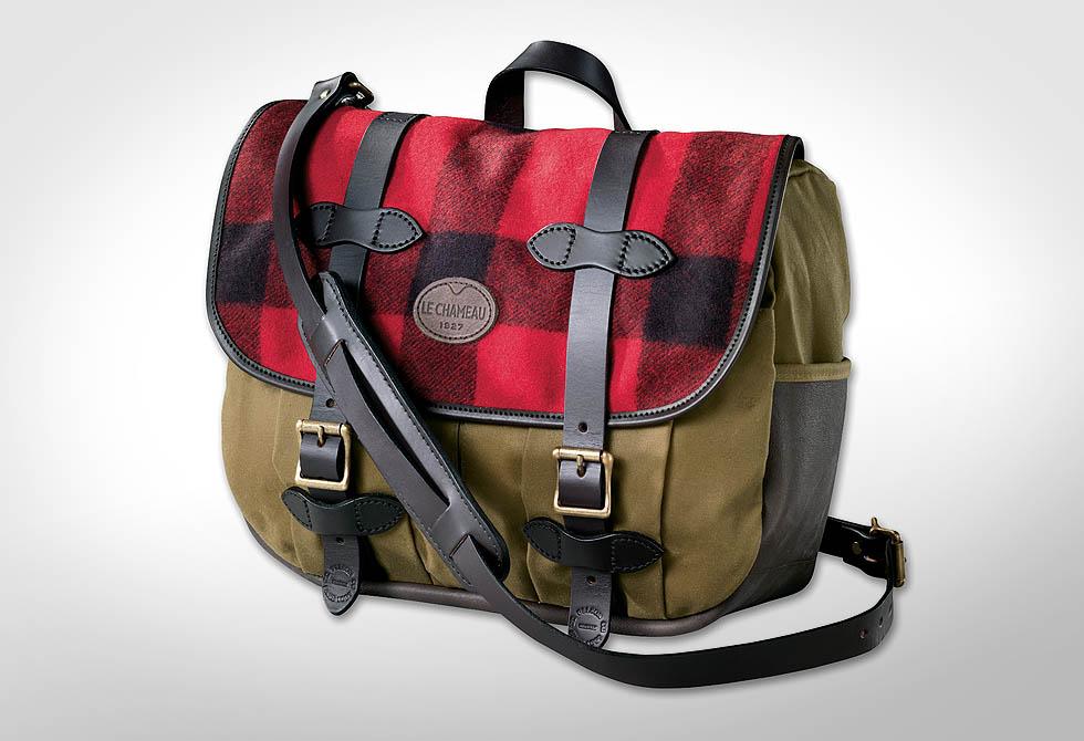 Filson Medium Field Bag