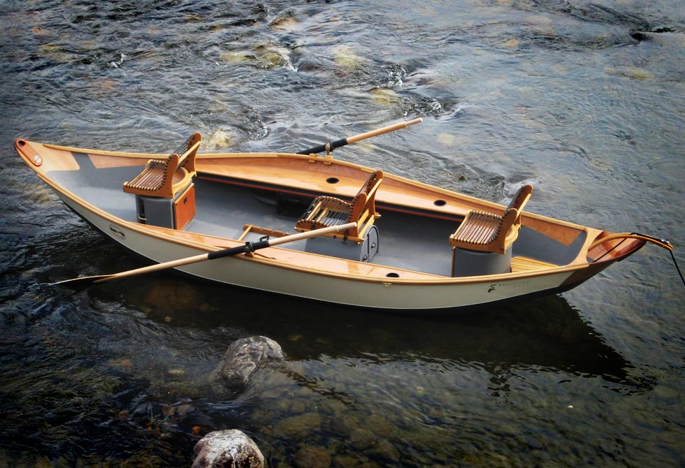Big Recurve Skiff