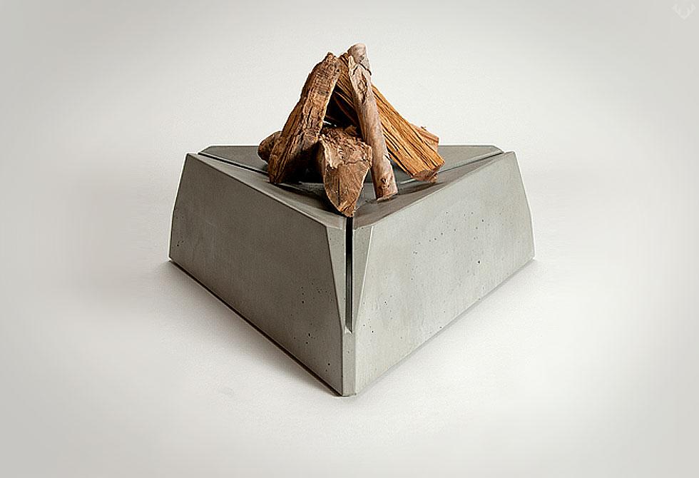 Triangulum Fire Pit - LumberJack