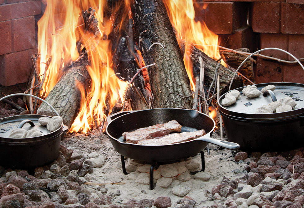Lodge Dutch Oven1 - LumberJac