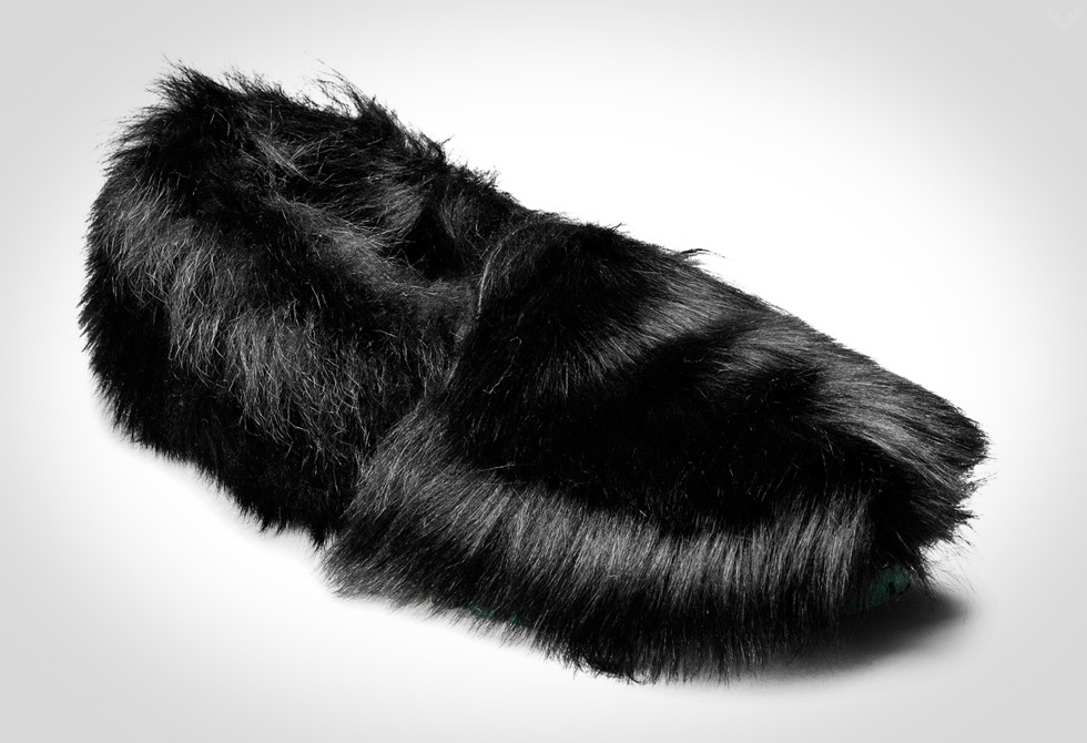 Balto-Black-Slipper2-LumberJac
