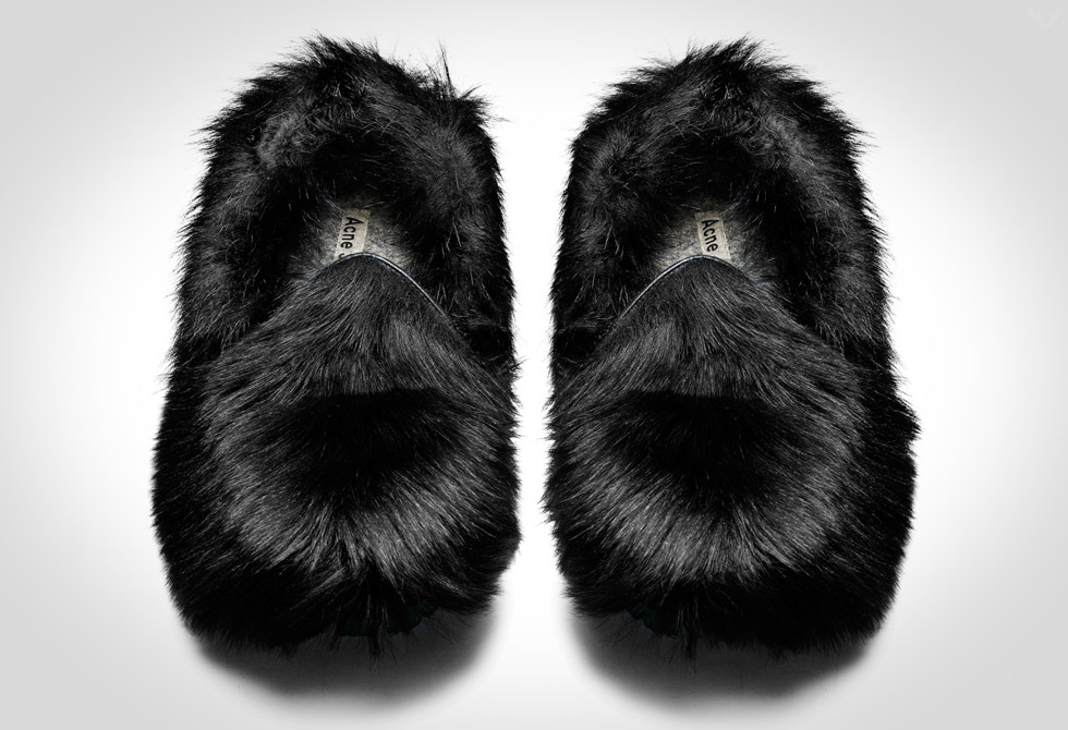 Balto-Black-Slipper3-LumberJac