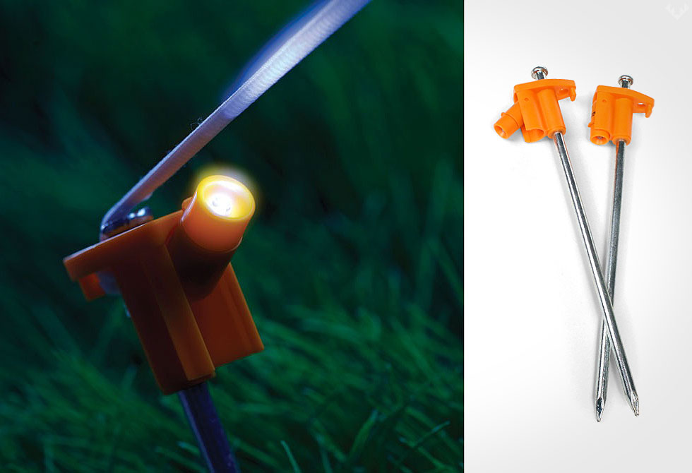 Coghlans-LED-Tent-Pegs - LumberJac