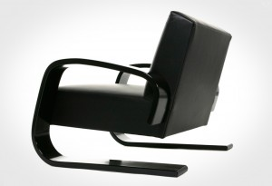 Artek-400-Tank-Chair1-LumberJac
