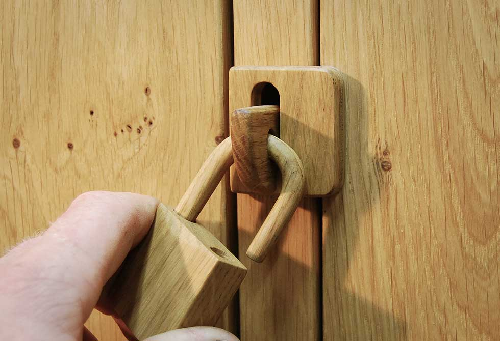 Locky2-Wooden-Locker-4-LumberJac