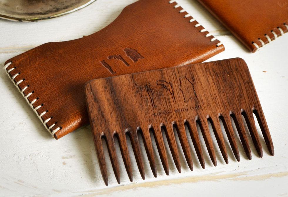 Man-Gun-Bear-Wood-Beard-Comb-LumberJac