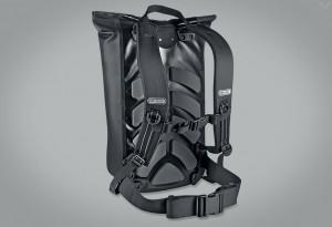 Ortlieb-Waterproof-Velocity-Messenger-Backpack-4-LumberJac
