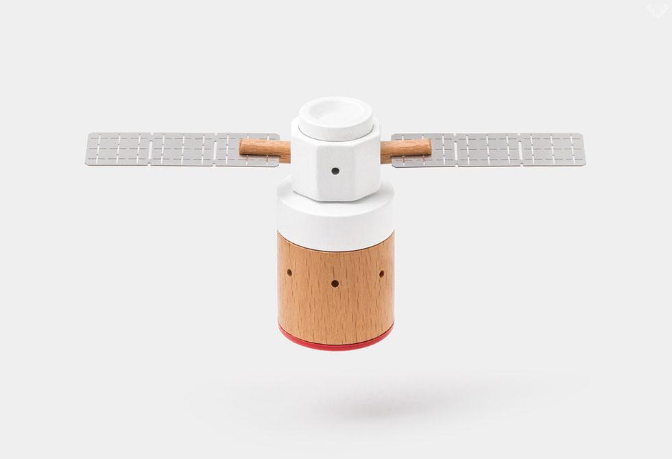 Papa-Foxtrot-Satellite-2-LumberJac