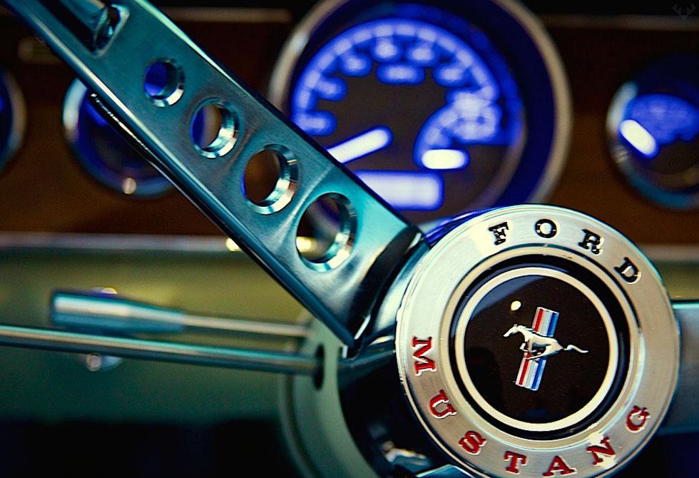 Revology-Mustang-Replica4-LumberJac