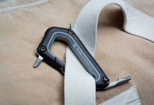 Snowboard-Carabiner-Multi-tool-3-LumberJac
