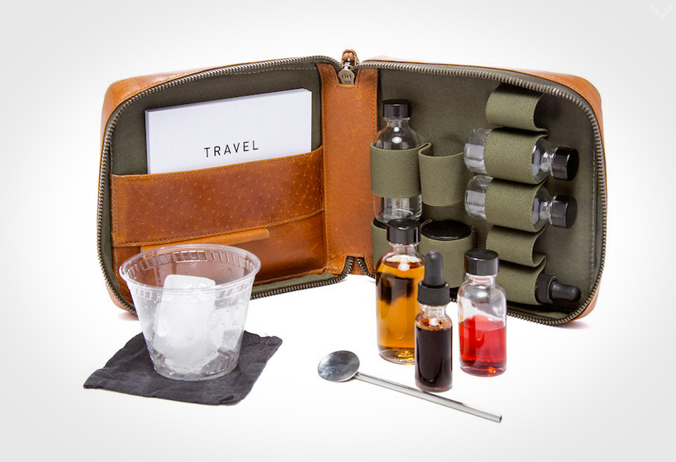 Travel-Cocktail-Kit1-LumberJac-LumberJack