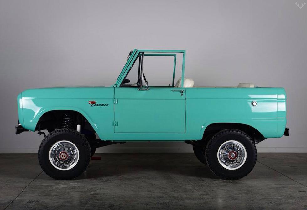 Classic-Ford-Broncos3-LumberJac