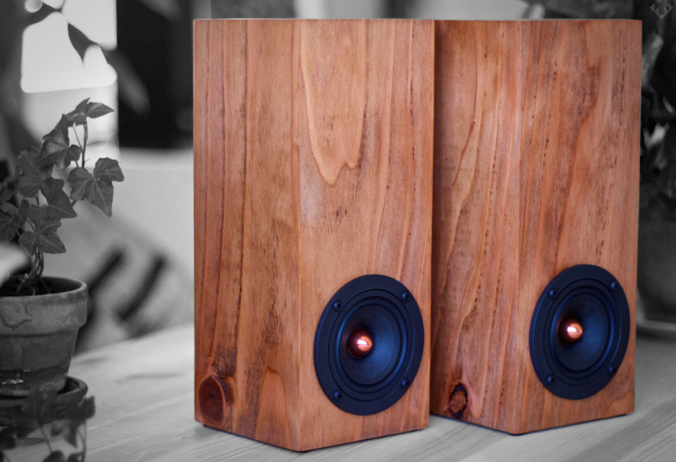 Salvage-Audio-Mini-Tower-Speaker3-LumberJac