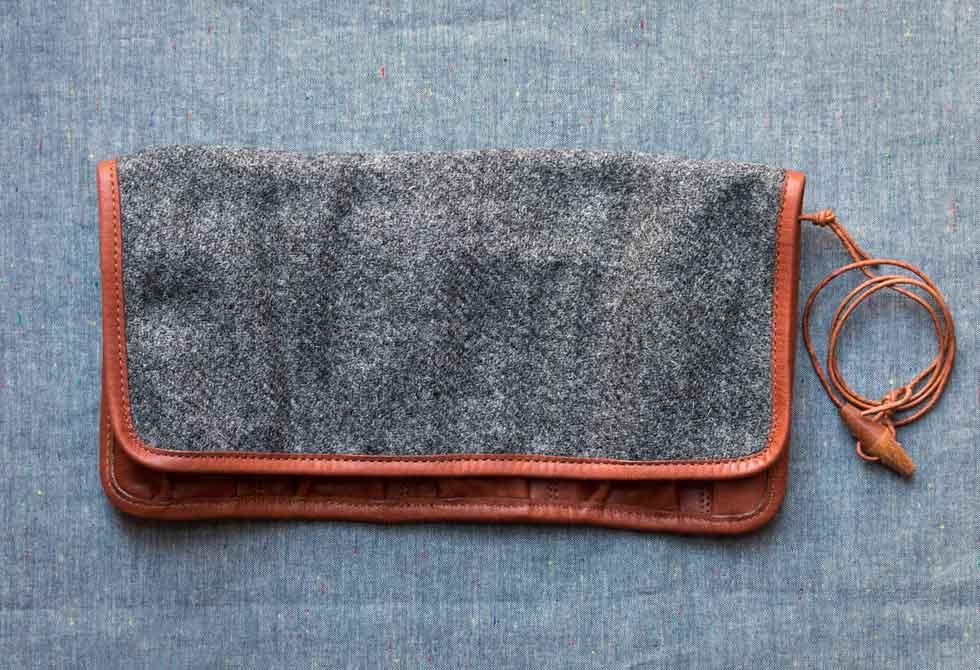 Harris-Tweed-Watch-Roll-4-LumberJac
