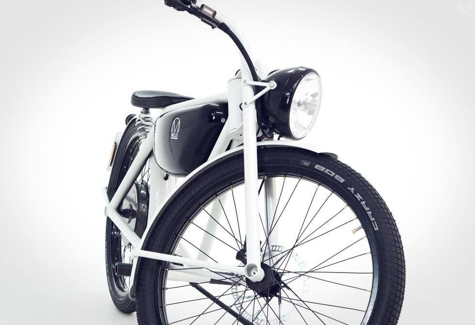 MEIJS-Motorman-Electric-Motorbike2-LumberJac