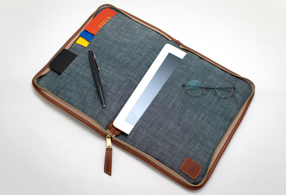 Vintage-Pendleton-Plaid-&-Cognac-Leather-Planner-iPad-Case1-LumberJac