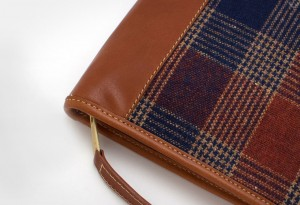 Vintage-Pendleton-Plaid-&-Cognac-Leather-Planner-iPad-Case3-LumberJac