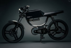<b>Bolt M-1 Motorbike</b>