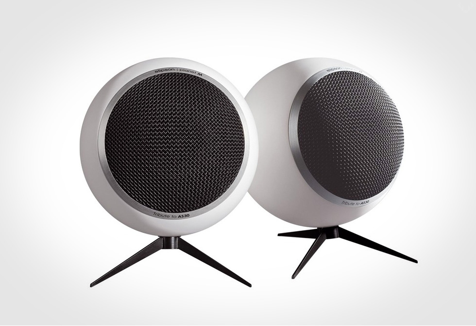 Elipson-Planet-M-Speakers-2-LumberJac