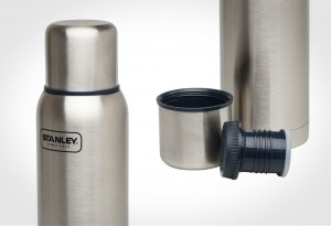 The-Allmighty-Insulated-Vacuum-Flask-Stanley-LumberJac