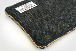 Ballanby-Harris-Tweed-Tablet-Cover-7-LumberJac