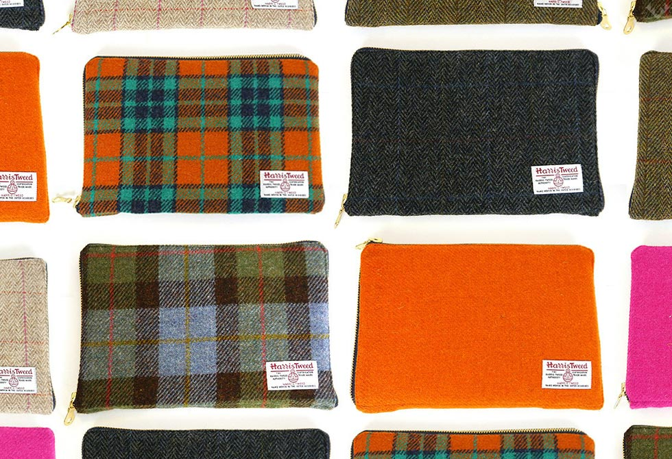 Ballanby-Harris-Tweed-Tablet-Cover-LumberJac