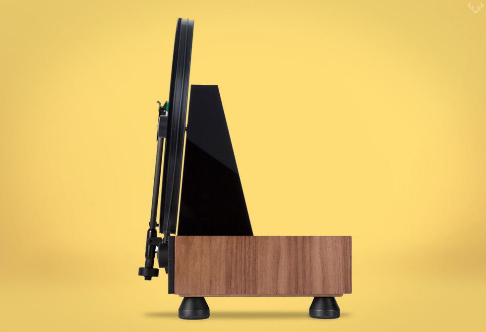 Gramovox-Floating-Record-Vertical-Turntable-3-LumberJac