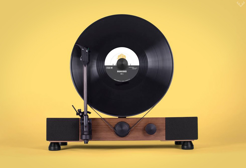 Gramovox-Floating-Record-Vertical-Turntable-LumberJac