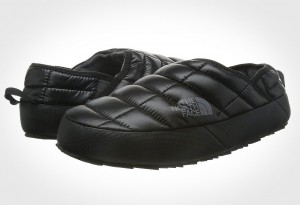 The North Face Thermoball Traction Mule II Slipper - 3/4 view