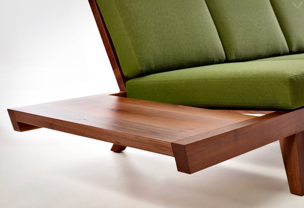 Wake-the-Tree-Modern-Sofa-3-LumberJac