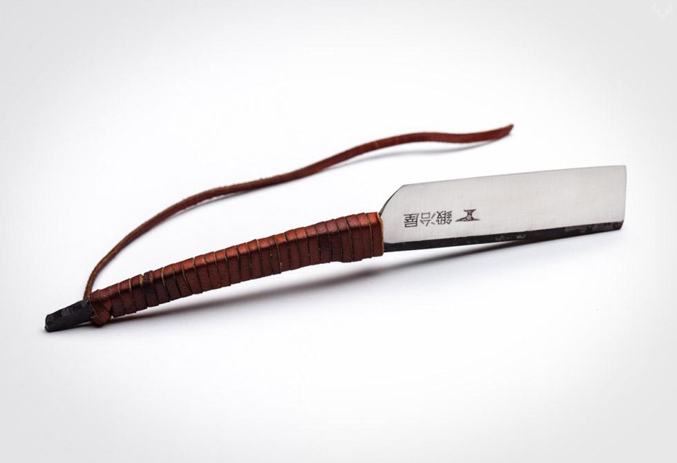 ShaveSmith-Kamisori-Straight-Razor-1-LumberJac