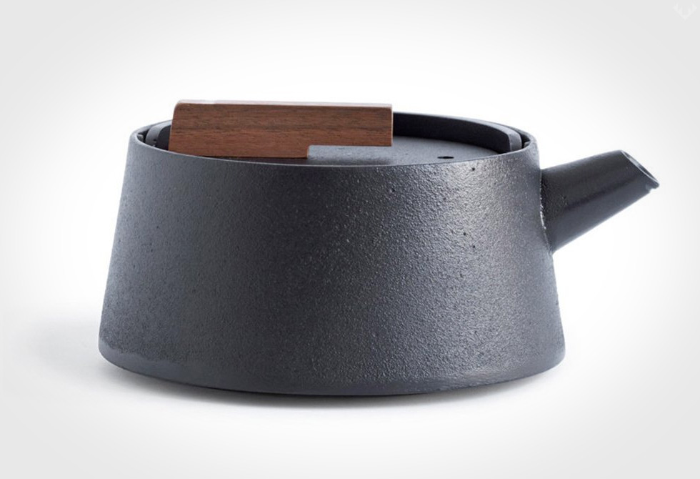 Tetu-Cast-Iron-Kettle-3-LumberJac