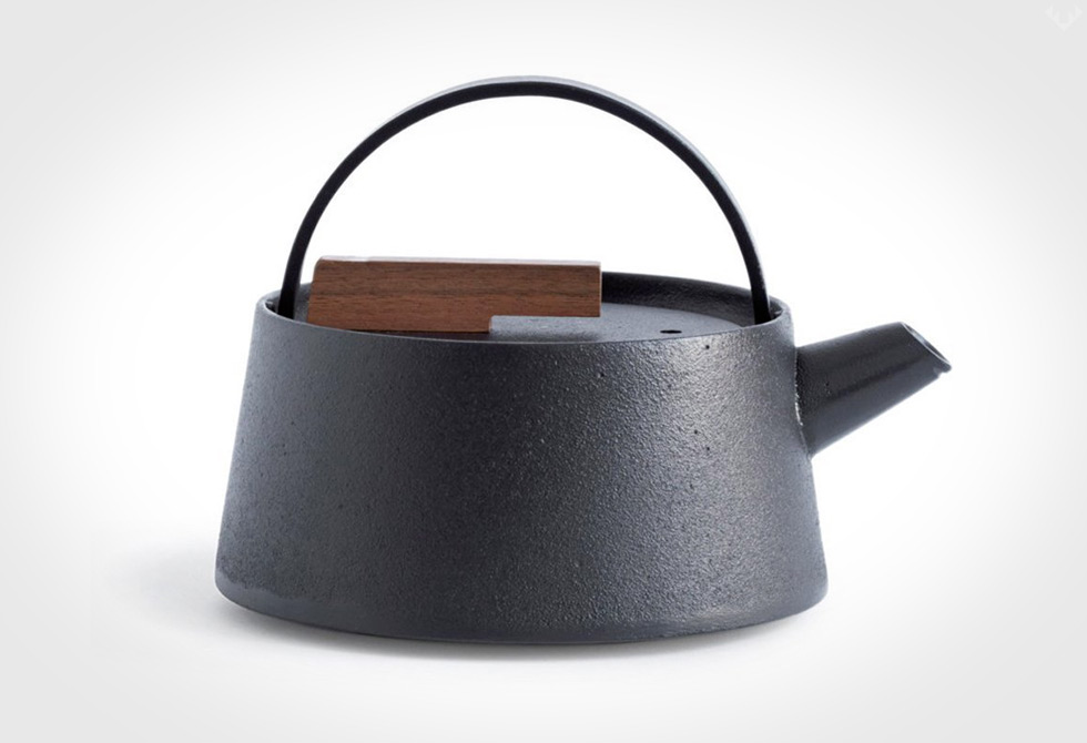 Tetu-Cast-Iron-Kettle-LumberJac