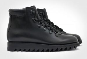 Blackout Commander Boots