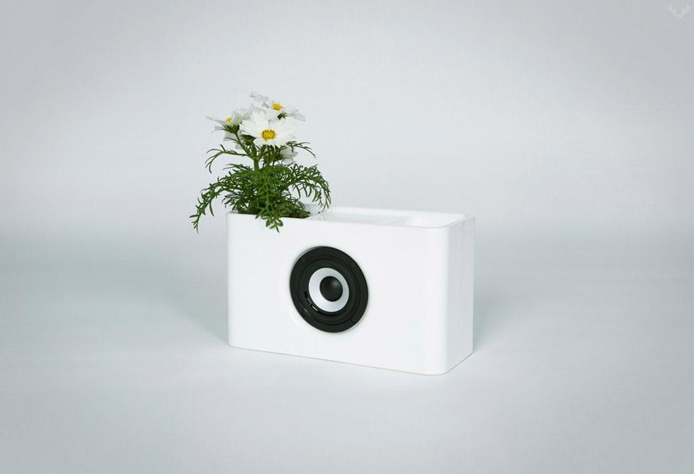 Josiah-Bluetooth-Speaker-4-LumbeJac