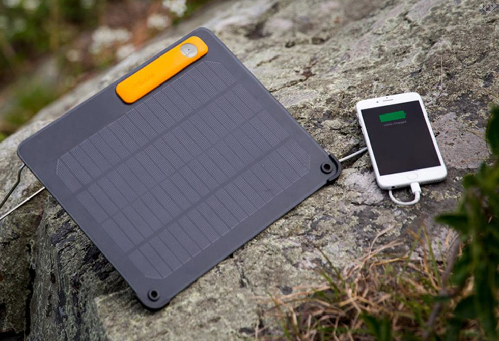 BioLite-PowerLight-Solar-Kit-1-LumberJac
