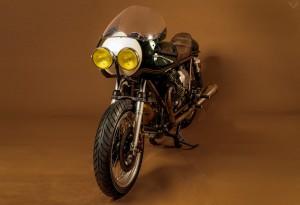 Moto-Guzzi-Le-Mans-1000-Ton-Up-1-LumberJac