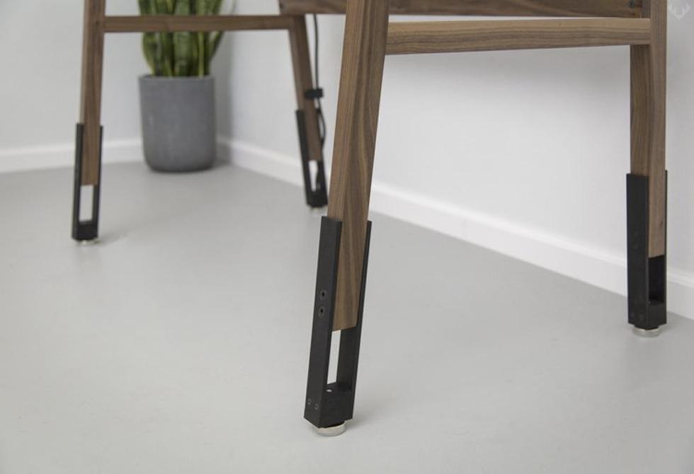 Artifox Standing Desk 01 Walnut 2 LumberJac