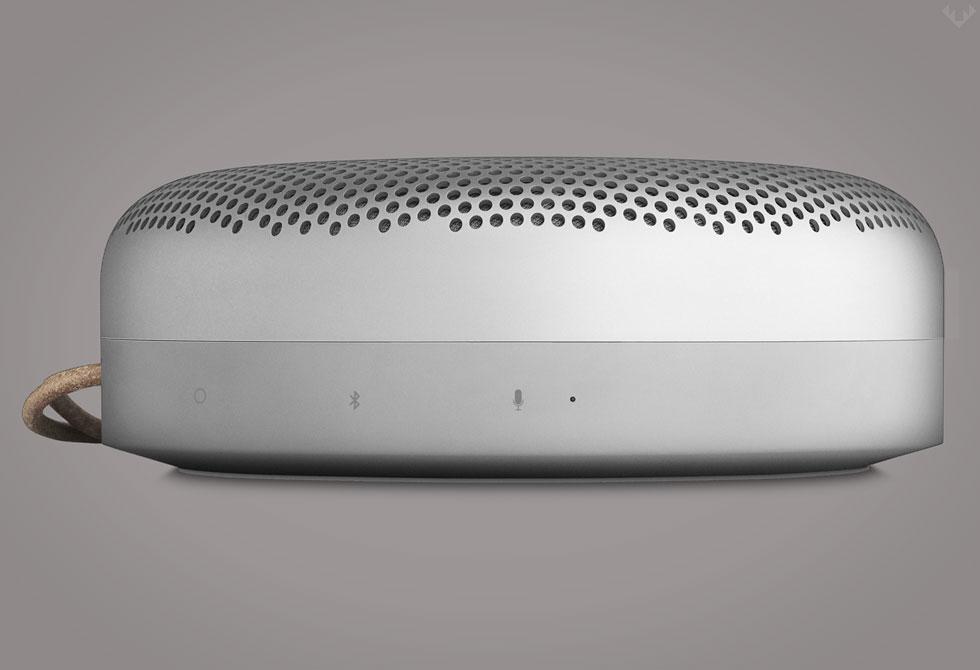 BEOPLAY-A1-Bluetooth-Speaker-4-LumberJac