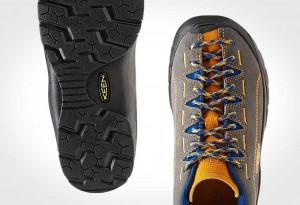 Jasper shoes by Keen