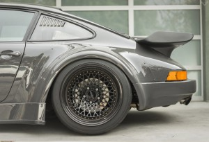 RWB-Porsche-911-Twin-Turbo-Custom-3-LumberJac