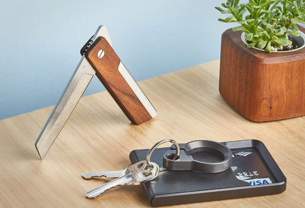 Grovemade-Pocket-Knife-Walnut-1-LumberJac