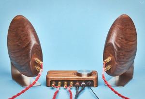 Grovemade-Walnut-Speaker-System-3-LumberJac