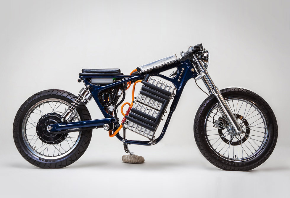 Blue-Steel-Electric-Motorcycle-Night-Shift-Bikes-1-LumberJac