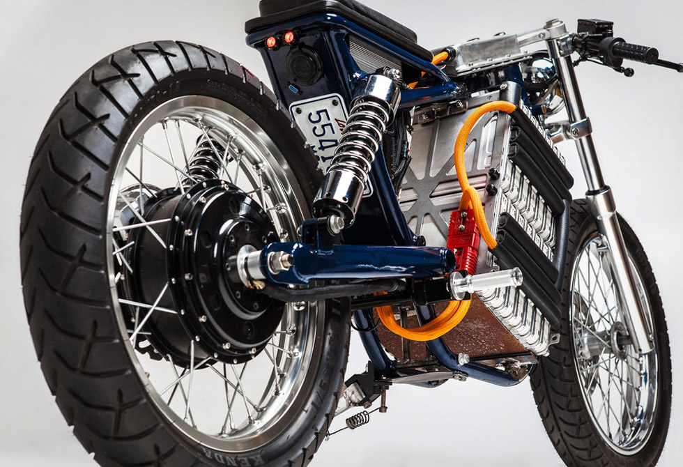 Blue-Steel-Electric-Motorcycle-Night-Shift-Bikes-2-LumberJac