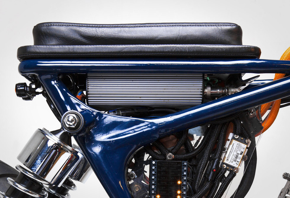 Blue-Steel-Electric-Motorcycle-Night-Shift-Bikes-3-LumberJac
