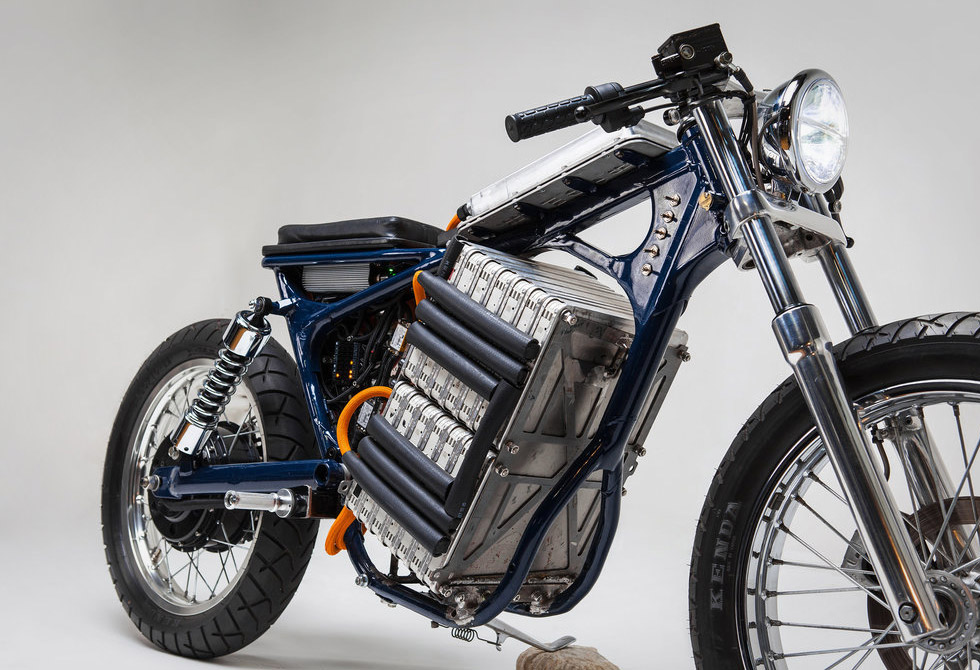 Blue-Steel-Electric-Motorcycle-Night-Shift-Bikes-4-LumberJac