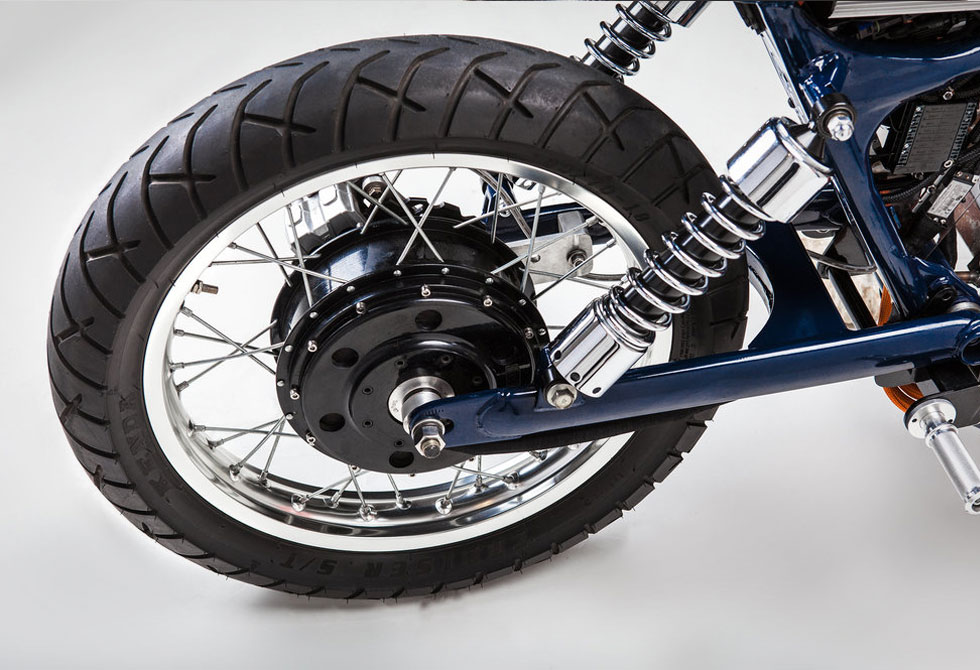 Blue-Steel-Electric-Motorcycle-Night-Shift-Bikes-7-LumberJac